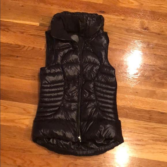 Lululemon fitted shiny vest xs